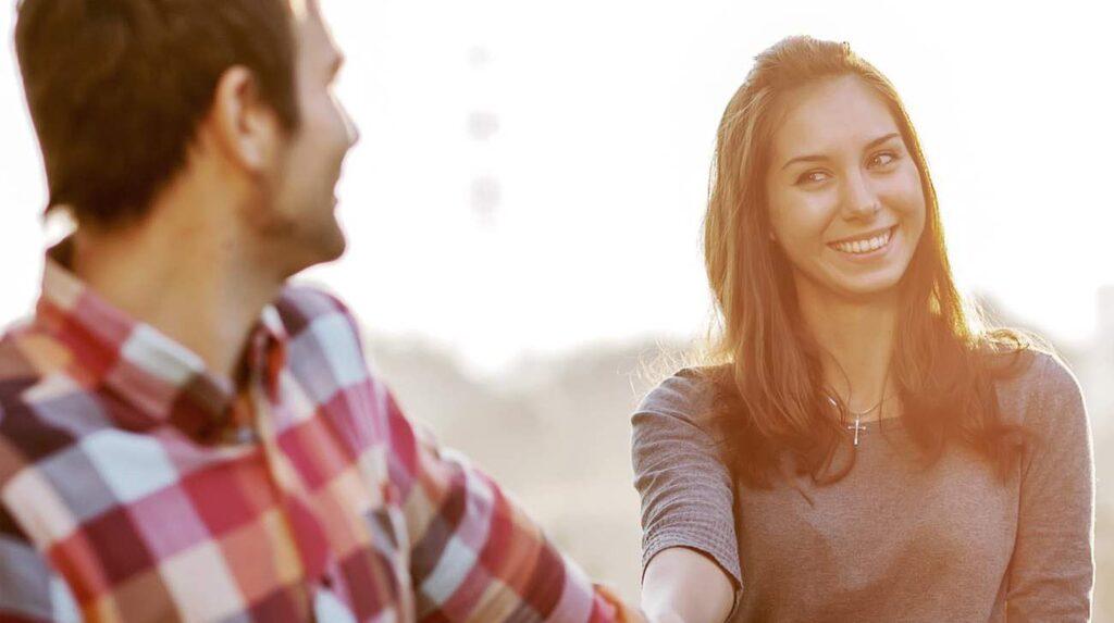"""Akta dig för att ha föreställningar om hur saker och ting """"ska"""" vara. Försök att ha ett helt öppet sinne och glöm erfarenheter från gamla relationer."""