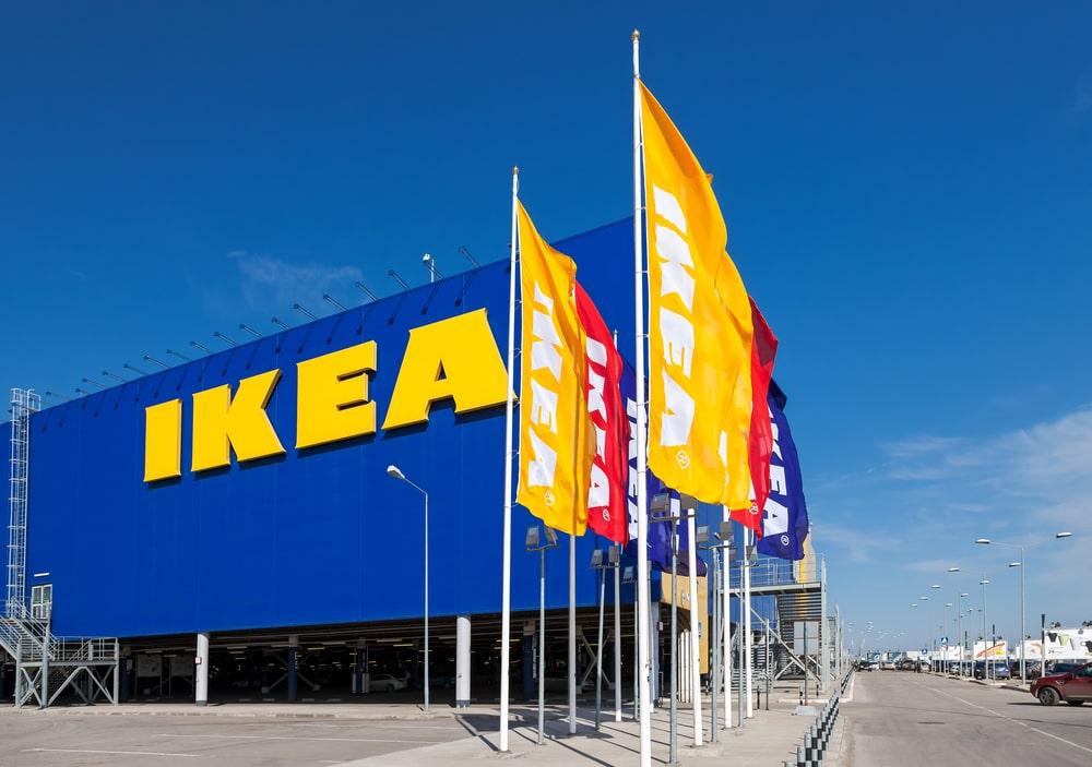 Sedan Ikea startade 1943 har de blivit störst i världen på möbler och har i dag över 300 varuhus i 38 olika länder. Men vilken produkt har gått bäst genom alla år?