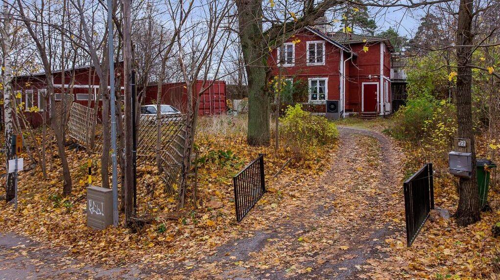 Villan i Ektorp i Nacka är just nu en av de mest klickade villorna på Hemnet.