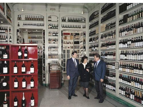 Enoteca Cotti är ett av få enotek som verkligen är en butik utan mat- eller dryckservering.