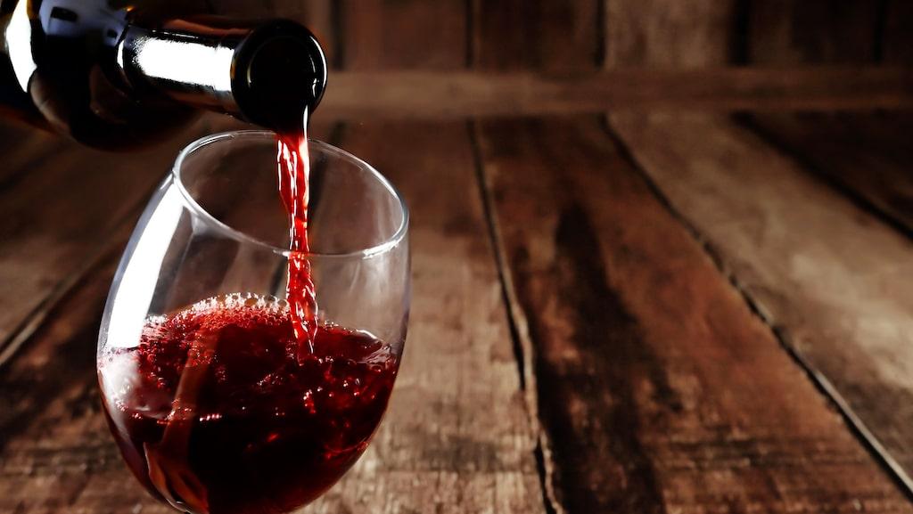 Vi har plockat ut 5 flaskor rött vin som Gunilla Hultgren Karell tidigare har rekommenderat.